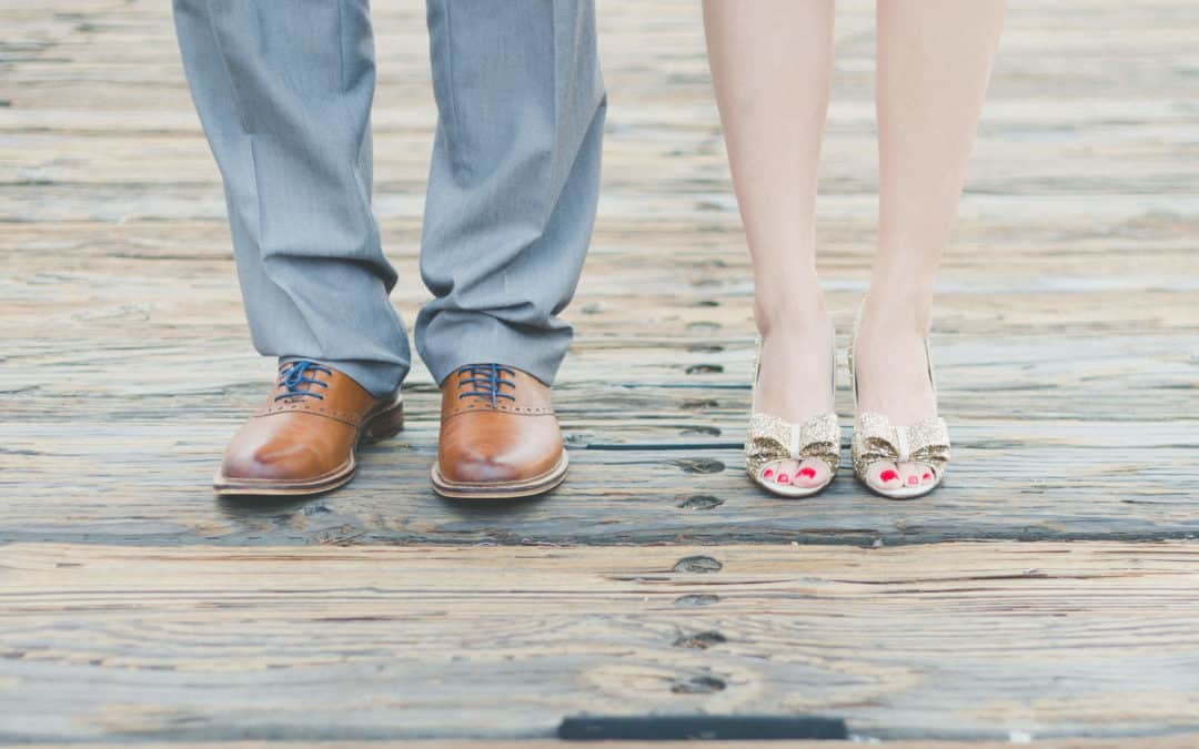 From Looking To Loving – New Course For Singles!